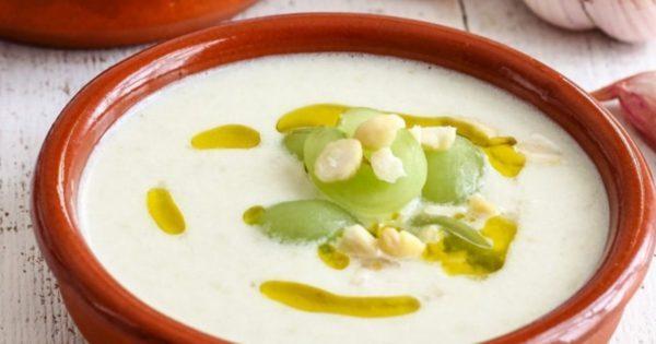 Ajoblanco - weiße Suppe aus Spanien