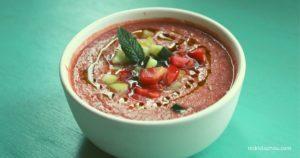 Gazpacho - Spanische kalte Sommersuppe